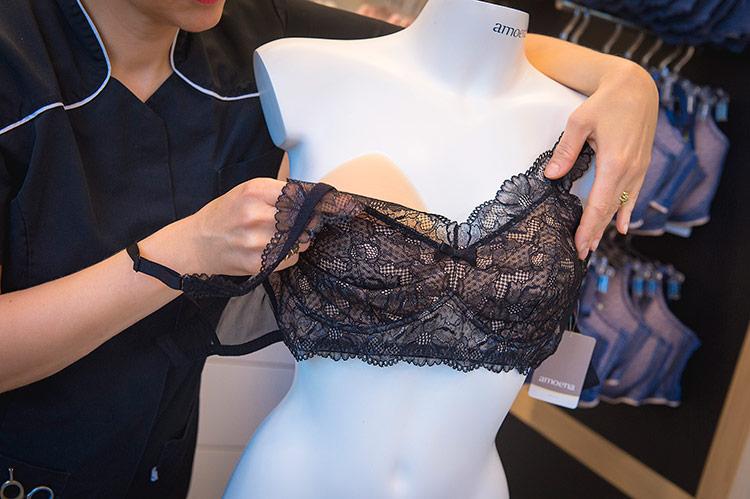 Borstprothese en lingerie